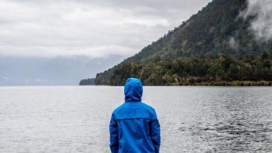 Photo of 13 ofertas en chubasqueros y chaquetas impermables para hombre y mujer en Amazon de marcas como Adidas, Geographical Norway o Columbia