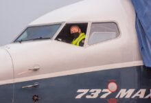 Photo of El director de la Autoridad Federal de Aviación de los Estados Unidos (FAA) vuela a los mandos de un Boeing 737 MAX