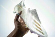 Photo of Adidas lanza un tecnológico botín de fútbol: traslúcido, sin cordones y con una placa de fibra de carbono