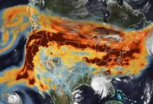 Photo of NASA: La impactante imagen satelital con los incendios y huracanes en Estados Unidos