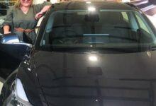 Photo of Ladrones robaron un Tesla Model 3 y terminaron burlados por la dueña del auto