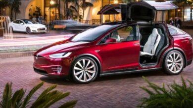 Photo of Dueño de un Tesla Model X muestra cómo trabaja el piloto automático