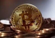 Photo of Bitcoin marca un máximo histórico en capitalización rompiendo el récord de 2017 pese a que su popularidad ya no es la que era