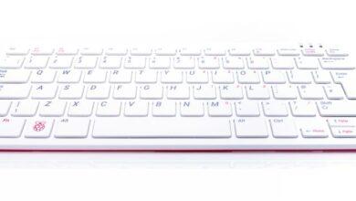 Photo of Raspberry Pi 400: el miniordenador en «formato teclado» por unos 65 euros