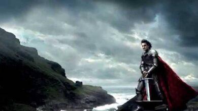 Photo of ¿Arturo, Excálibur, son ustedes? Encuentran un caballero y su espada en el fondo de una laguna