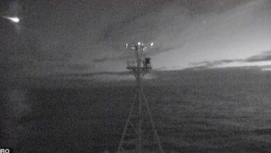 Photo of Una cámara capta el momento exacto en el que un meteorito se hunde en el Pacífico