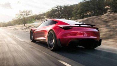 Photo of El nuevo modelo que viene del Tesla Roadster ya apareció en Los Simpson y pertenece a una famosa estrella de Hollywood