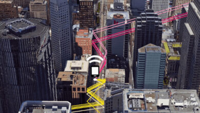 """Photo of Google explica cómo va a mejorar """"espectacularmente"""" la ubicación GPS en zonas urbanas en las apps Android"""