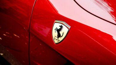 Photo of Rumoresfera: Calendario del iPhone 13 y Jony Ive como director de Ferrari