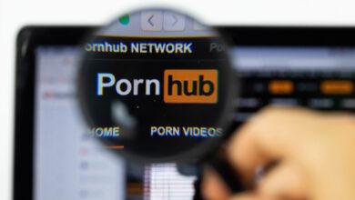 Photo of Pornhub dice que acaba de eliminar todo el porno no verificado de su plataforma: eso son millones y millones de vídeos