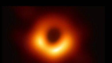 Photo of Astronomía: La Tierra está más cerca de un agujero negro supermasivo, ¿nos va a tragar?