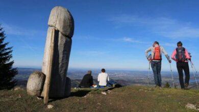"""Photo of Misterio del monolito: monumento """"cultural"""" con forma fálica en Alemania desapareció sin dejar rastros"""