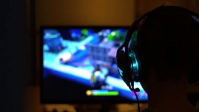 Photo of Gamer colombiano se volvió viral por utilizar un espejo en sus transmisiones