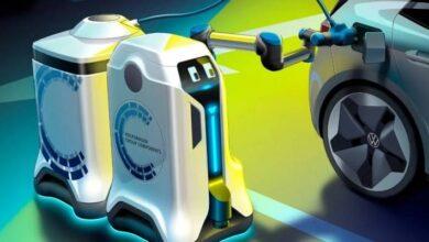 Photo of Así funciona el robot de Volkswagen para cargar automóviles eléctricos