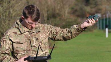 Photo of Drones británicos del tamaño de un insecto son capaces de espiar al enemigo a más de 1 kilómetro de distancia