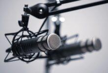 """Photo of """"Podcasts+"""": Apple estudia lanzar su propia suscripción de podcasts, según The Information"""