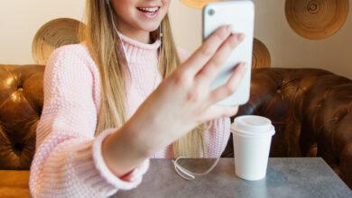 Photo of Signal, FB Messenger y Google Duo sufrían un error similar al de FaceTime: con una llamada se podía espiar a otros