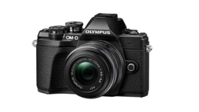 Photo of ¿Buscas una cámara sin espejo polivalente a buen precio? Amazon te deja la Olympus OMD E-M10 Mark III junto con objetivo 14-42mm por 599 euros