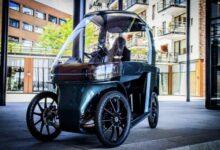 Photo of Una bicicleta eléctrica parecida a un coche compacto para circular por las ciudades