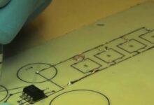 """Photo of Investigadores lograron crear una tinta conductiva económica que puede """"escribir"""" sobre cualquier superficie"""