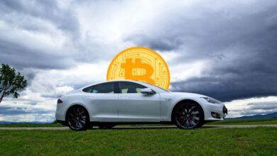 Photo of Tesla invierte cientos de millones en Bitcoins y podría aceptar pagos en dicha criptomoneda