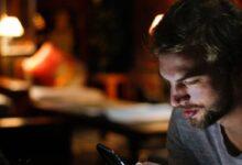 Photo of Falta de sueño y ansiedad, síntomas principales de la adicción a los celulares