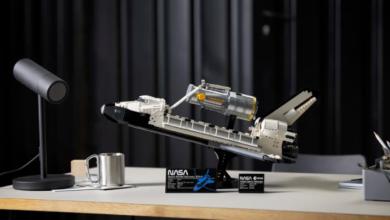 """Photo of LEGO y la NASA se unen para """"lanzar"""" el transbordador espacial Discovery"""