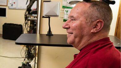 Photo of Científicos fabrican el primer sistema inalámbrico de interfaz cerebro-computadora