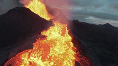 Photo of Dron se estrella contra la punta de un volcán en erupción y graba todo el estremecedor proceso